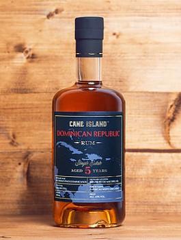 CANE ISLAND DOMINICAN 5YO 0.7l 43%